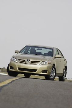 2010 Toyota Camry LE - Dynamic in pursuit