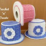 """""""My top hat toilet roll cover crochet pattern will brighten up your bathroom, these covers never seem to go out fashion and can always be found on display at fairs and fetes, I remember my Mum and Auntie making lots throughout the year for the local All Free Crochet, Crochet Home, Crochet For Kids, Crochet Crafts, Crochet Baby, Crochet Projects, Crochet Rugs, Hat Crochet, Crochet Toilet Roll Cover"""