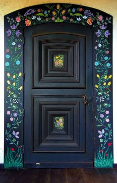 47 Inspiring, Unique and Beautiful Entry Doors Ideas - Alte Türen - Door Design Cool Doors, Unique Doors, The Doors, Front Door Entryway, Entryway Decor, Entry Doors, Deco Floral, Painted Doors, Painted Stairs