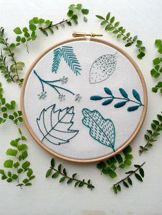 Beginner embroidery kit.Spring leaf stitch sampler. Modern needlework.Embroidery hoop art.Hand Embroidery tutorial.DIY kit.Botanical pattern by jennyblairkits on Etsy https://www.etsy.com/listing/486395629/beginner-embroidery-kitspring-leaf