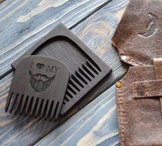 деревянная гребенка для бороды и усов с футляром и кожанным чехлом Life4Beard.ru