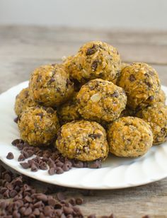 Quick healthy pumpkin oatmeal energy bites that taste like cookies but are good for you! No Bake Pumpkin Oatmeal Energy Bites are going to be your go-to healthy snack all fall long. I tell my kids these are no-bake cookie balls because they taste so great. Here's what I love about No-Bake Pumpkin Oatmeal Energy Bites: