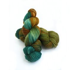 Handdyed sock yarn, merino wool cashmere, 4ply knitting wool, fingering crochet yarn uk, Perran Yarns Forest Floor, green brown, uk seller op Etsy, 19,91 €