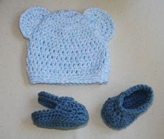 Free crochet pattern for a newborn baby bear hat and crochet baby crocs sandals.  Easy beginner patterns available for free.