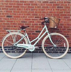 Can't wait to get my Pendleton bike! Bici Retro, Velo Retro, Velo Vintage, Retro Bicycle, Vintage Bicycles, Pendleton Bike, Dutch Bike, Bicycle Basket, Push Bikes