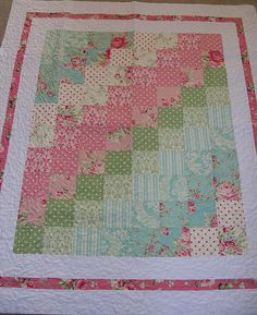 A sew simple quilt for baby girls . love the colours .make with the bird fabric, blues and pinks A sew simple quilt for baby girls . love the colours .make with the bird fabric, blues and pinks Quilting Projects, Quilting Designs, Sewing Projects, Quilting Tips, Baby Girl Quilts, Girls Quilts, Quilt Baby, Twin Quilt, Small Quilts