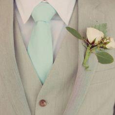 Mint Tie/light suit..
