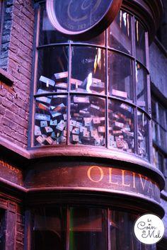 Harry Potter - Diagon Alley - Ollivander's Wand Shop