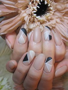 Q-riouser & Q-riouser: Geometric Nail Art Tutorial - - Nail - Pretty Nail Art, Beautiful Nail Art, Gorgeous Nails, Spring Nail Art, Spring Nails, Autumn Nails, Geometric Nail Art, Geometric Jewelry, Geometric Shapes