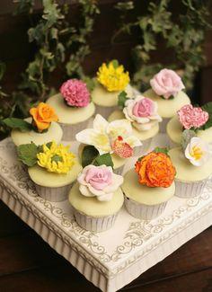Sugar Art Garden Cupcakes