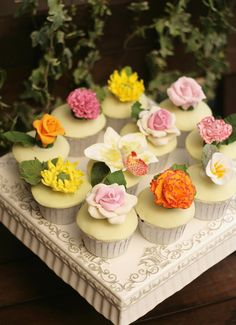 Sugar Art Flower Garden Cupcakes