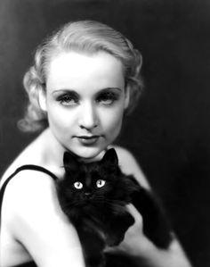 """Carole Lombard -Publicity portrait for """"Supernatural"""" 1933"""