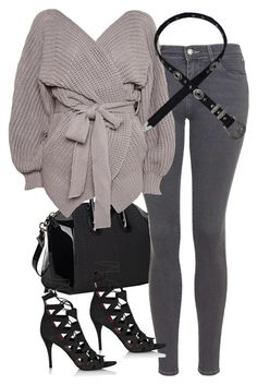 """""""Untitled #3831"""" by amyn99 ❤ liked on Polyvore featuring Givenchy and Topshop"""