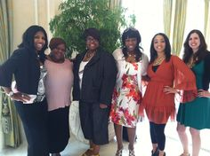 Me, my mom and the Cafe Girls!!!