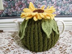 Sunflower Tea cosy by Britmerica Lane, via Flickr: