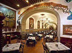 Restaurante Café de Tacuba, servicio lento atención pésima y los alimentos no son tan ricos!!