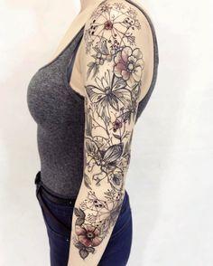 """912 Likes, 12 Comments - Magdalena Pliszka (@pliszkamagdalena) on Instagram: """"Next part #tattooistartmag #tattrx #equilattera #thebesttattooartists #sketchypaints…"""""""