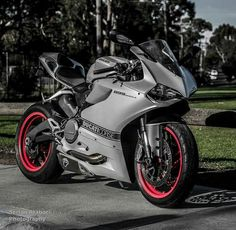 Ducati 899 Panigale Concept Motorcycles, Ducati Motorcycles, Moto Bike, Motorcycle Bike, Vespa Scooter, Ducati Supersport, Kawasaki Bikes, Speed Bike, Super Bikes