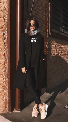 Casual Winter Outfits, Winter Fashion Outfits, Look Fashion, Fall Outfits, Womens Fashion, Fashion Trends, Woman Outfits, White Outfits, All Black Outfit Casual