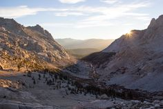It's no secret that California is home to some incredible outdoor destinations. From the serrated ridgelines of the High Sierra to the gargantuan ancient coast redwoods ofthenorth coast, the territory comprising the golden state is a diverse, alluring and awe-inspiring landscape.