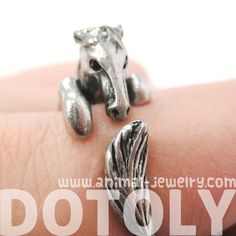 Horse Hug Ring Bronze and Silver Available - none of you look at these because there are definitely birthday gifts coming up. Avery Jewelry, Cute Jewelry, Metal Jewelry, Body Jewelry, Jewelry Box, Jewelry Rings, Jewelery, Animal Rings, Animal Jewelry