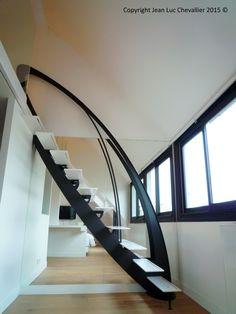 Escalier design profil dessiné et réalisé par Jean Luc Chevallier pour La Stylique.