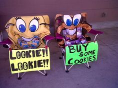 Lookie, lookie! Buy some cookies!