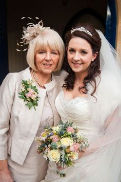 MOM's Outfit with a coat? love Brides hair too /best-dressed mums from real-life weddings © dominicwhiten.co.uk