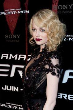Hollywood Glamour red carpet style - Emma Stone