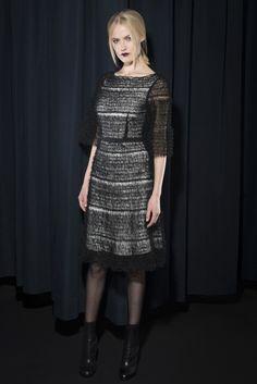 Karolina Zmarlak | Fall 2015 Ready-to-Wear | 08 Monochrome short sleeve midi dress