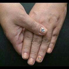 Kis matricát a körmödre?  www.magdiszepsegszalon.hu/kezeslabapolas  #Nails