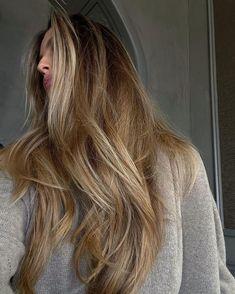 Hair Color For Women, Hair Color And Cut, Cut Her Hair, Hair Cuts, Organic Hair Salon, Dramatic Hair, Blonde Hair Looks, Fresh Hair, Light Hair