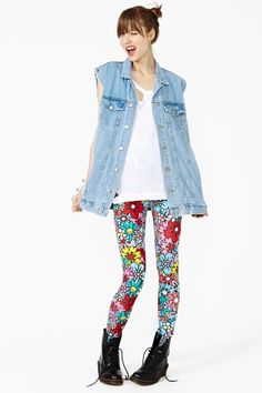 Flower Patch Leggings  omg these leggings are my new favorite thing <3