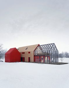 A barn is all American, yet thoroughly modern, seemingly primed for loft-like living. Here are 20 examples of residential modern barn architecture.