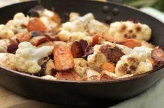 Kyllingtandoori med blomkål og gulrot Garam Masala, Naan, Potato Salad, Potatoes, Ethnic Recipes, Food, Potato, Essen, Meals