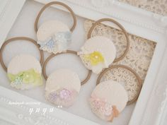 プチプラ♥100均でOK!簡単可愛いヘアアクセサリーの作り方♥ - curet [キュレット] まとめ Diy Hair Accessories, Beaded Brooch, Scrunchies, Hair Accessory, Hair Band, Handicraft, Fabric Flowers, Hair Clips, Hair Rods