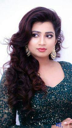 Shreya Ghoshal is an Indian playback singer. Beautiful Girl Indian, Most Beautiful Indian Actress, Beautiful Girl Image, Beautiful Gorgeous, Beautiful Actresses, Beautiful Heroine, Hot Actresses, Beauty Full Girl, Cute Beauty