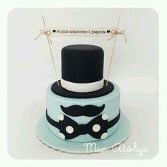 Birthday cake for a men / boy ! So cute! #mustache