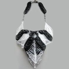 Dutch designer raises the bar on 3D printed jewelry.