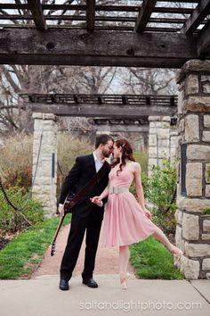 A Serenade in the Park | Salt & Light Photography #engagement #photo #ballett #cute #pink #garden #love #guitar