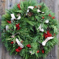Circle Home and Design Evergreen, Christmas Wreaths, Holiday Decor, Design, Home Decor, Decoration Home, Room Decor, Home Interior Design