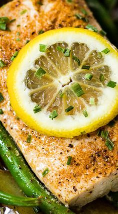 Grilled Mahi Mahi and Vegetables in Foil Packets Fish Dishes, Seafood Dishes, Seafood Recipes, Seafood Buffet, Main Dishes, Dinner Recipes, Pork Rib Recipes, Grilling Recipes, Cooking Recipes