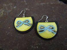 Atelier-Muza / Náušnice mašľa Earrings Handmade, Jewerly, Crochet Earrings, Drop Earrings, Atelier, Jewlery, Schmuck, Jewelry, Drop Earring