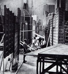 Metropolis-set-500.jpg 500×542 pixels