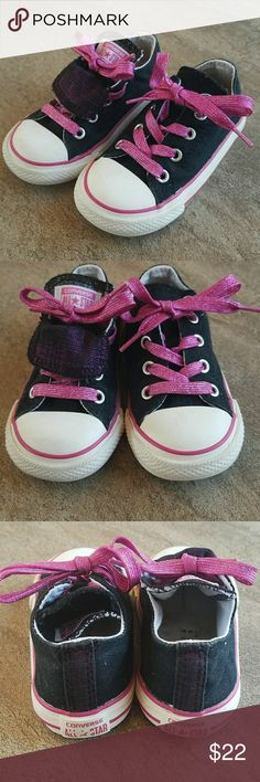 Converse all star Cute but not to girly converse black and pink accent, in excellent condition no major wear. Converse Shoes Sneakers