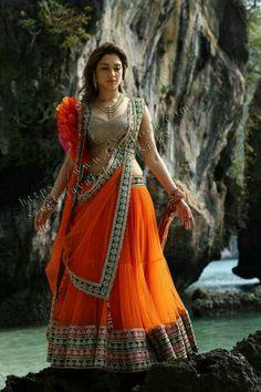 South Actress, South Indian Actress, Beautiful Indian Actress, Hot Actresses, Indian Actresses, Glamour Ladies, Indian Wedding Couple, Girls Dpz, Indian Designer Wear