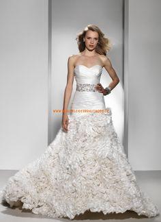 2014 Elegante Brautkleider aus Taft mit Schleppe Herzausschnitt