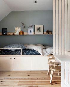 Home Decor Bedroom, Kids Bedroom, Ikea Girls Room, My Living Room, Small Living, Diy Platform Bed, Bed Lights, Kid Beds, Room Inspiration