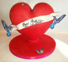 3D standing heart cake - Cake by Sugar Prunk