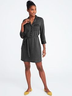 Shop online for discount women's clothing at Old Navy. Our trendy values in clothes and accessories could be what you've been looking for. Old Navy Outfits, Old Navy Dresses, Fall Outfits, Cute Outfits, Dresses For Work, Mom Wardrobe, Discount Womens Clothing, Belted Shirt Dress, Fall Fashion Trends